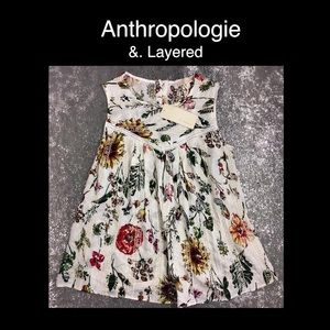💐Anthropologie & Layered Xs White floral Blouse💐